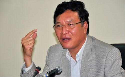 Bộ trưởng Giáo dục nhận trách nhiệm trước Chính phủ và dân chúng